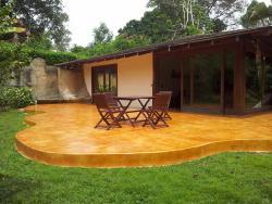 Terraza de cemento pulido con cementoblanco y teñido con acido